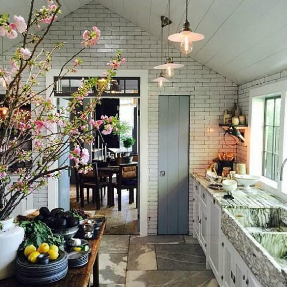 Designer Steven Gambrel S 8 Favorite Kitchen Designs: Transom Style