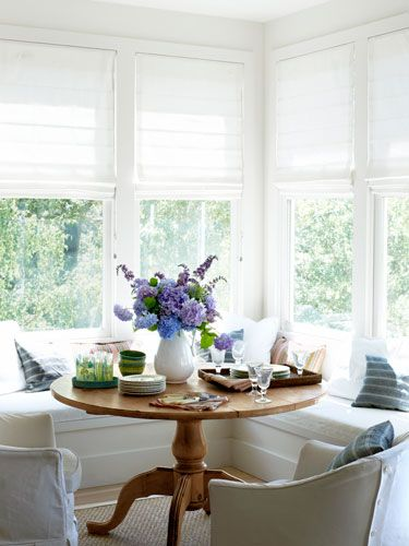 white breakfast nook 2