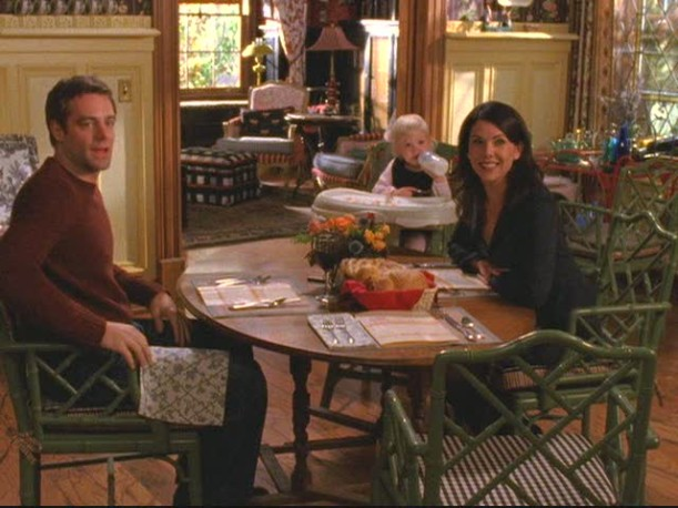 Design Café | Gilmore Girls Set Decor