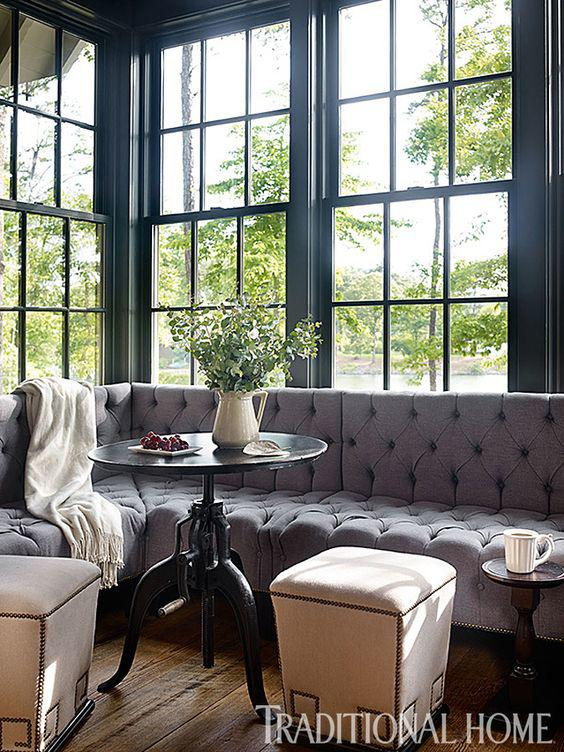 Café Design | The Perfect Sectional