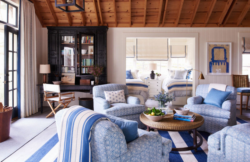 Montecito home designed by mark d sikes for Mark d sikes dining room