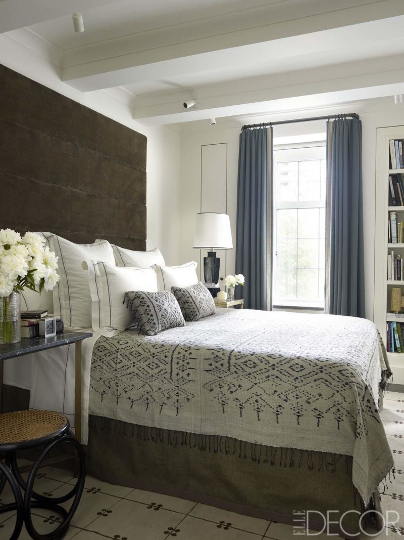 White and Grey Bedroom Decorating Ideas