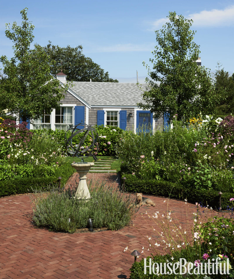 Cafe Design | Nantucket Beach House - Garden