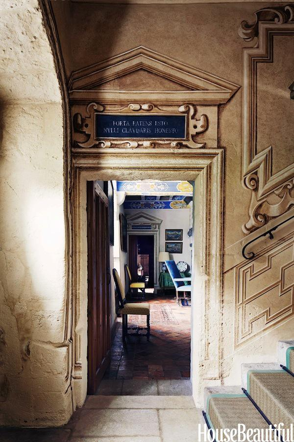 Cafe Design | French Chateau | Stairs