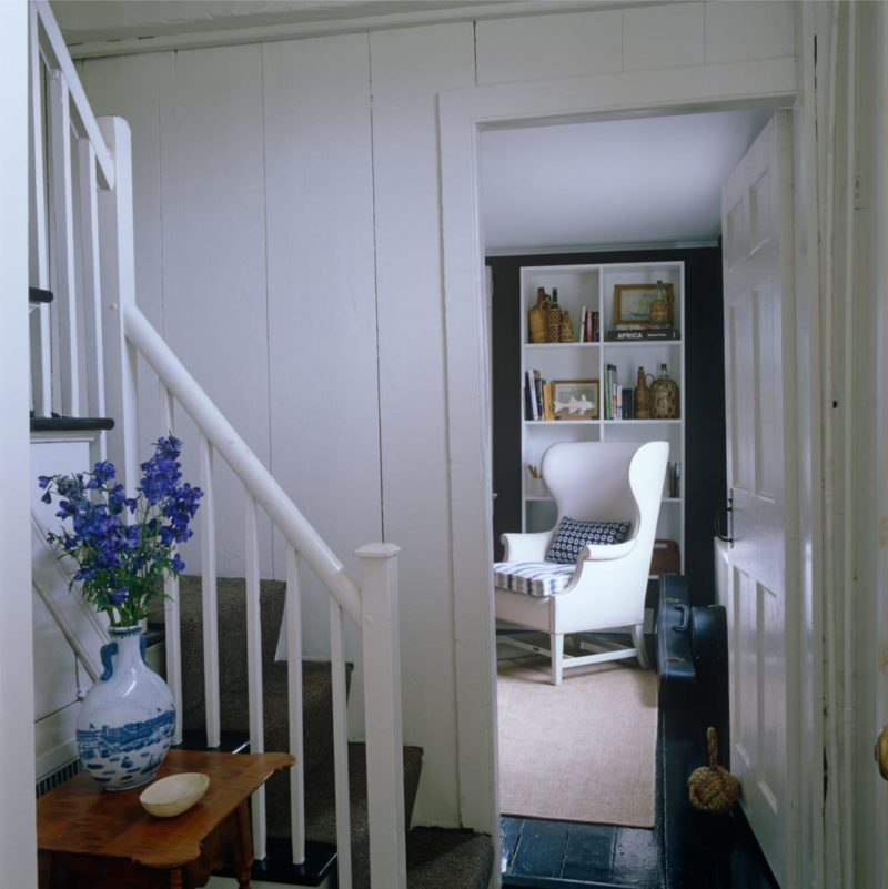 Small Entrance Hall: The East Hampton Home Of Tom Scheerer