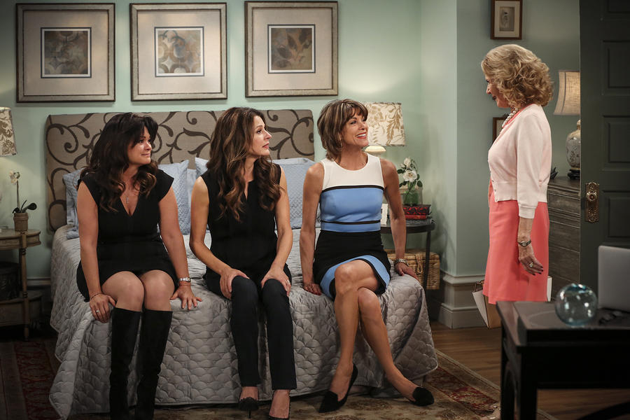 Hot in Cleveland 16