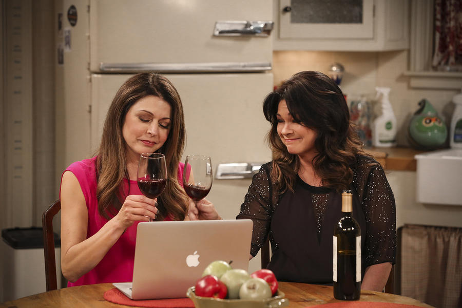 Hot in Cleveland 9
