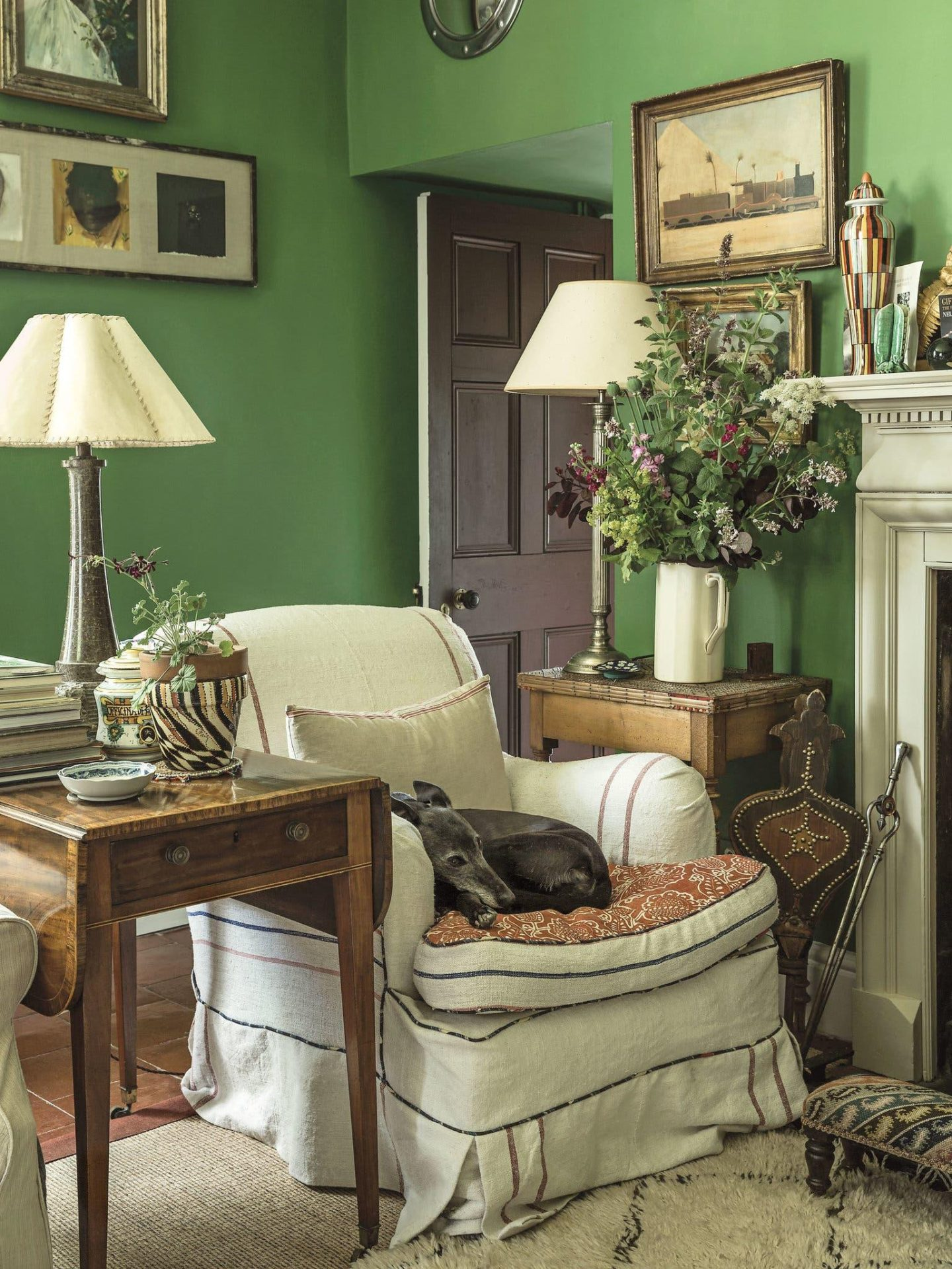 10 Classic Elements for Creating English Cottage Charm in ...